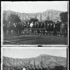 Fotografía antigua: EL BRUC O ALREDEDORES DE MONTSERRAT, 1915'S. EQUIPO DE FUTBOL. 2 CRISTALES NEGATIVOS 10X15CM.. Lote 45513500