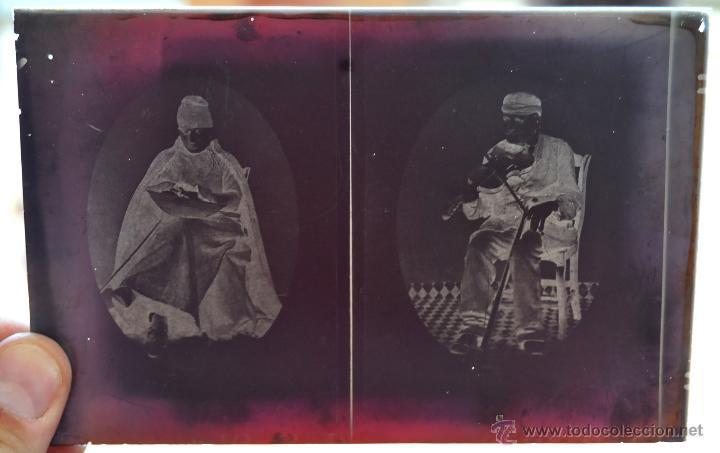 Fotografía antigua: FOTOGRAFÍA EN CRISTAL DE UNOS PERSONAJES DE PRINCIPIOS SIGLO XX - Foto 2 - 45579005