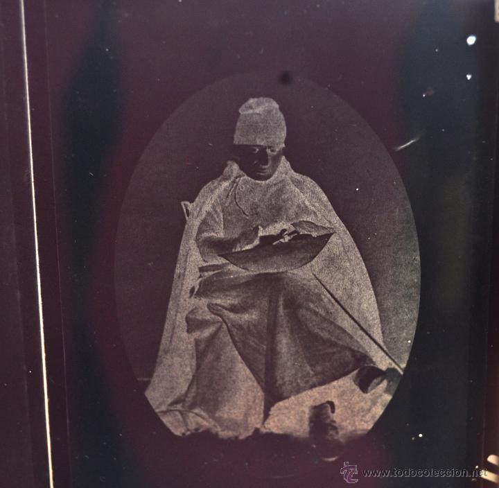 Fotografía antigua: FOTOGRAFÍA EN CRISTAL DE UNOS PERSONAJES DE PRINCIPIOS SIGLO XX - Foto 4 - 45579005
