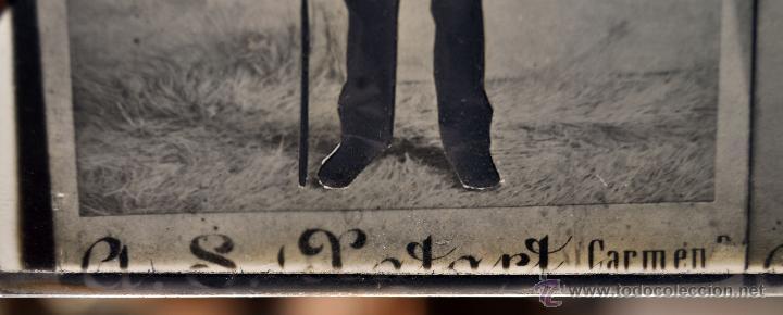 Fotografía antigua: FOTOGRAFÍA EN CRISTAL DE UNOS PERSONAJES DE PRINCIPIOS SIGLO XX - Foto 6 - 45579150
