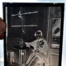 Fotografía antigua: FOTOGRAFÍA EN CRISTAL DE UN MILITAR?? PRINCIPIOS SIGLO XX. GUERRA CIVIL. Lote 45579231