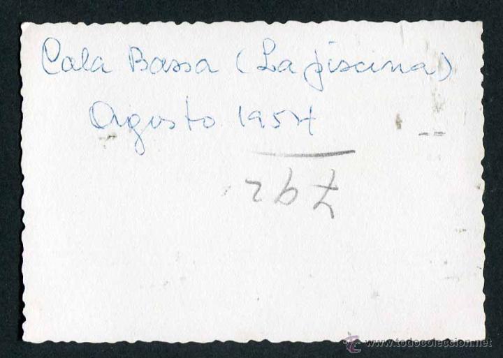 Fotografía antigua: Ibiza. Turistas. Cala Bassa. 8/1954 - Foto 2 - 45935433