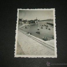 Fotografía antigua: NEGURI VIZCAYA PUERTO PESQUERO FOTOGRAFIA 1946 6 X 4,5 CMTS. Lote 46236593