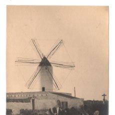 Fotografía antigua: MAHON, MENORCA, MOLINO, 1930'S. FOTOGRAFÍA DE JOSEP CAMPRUBÍ, 17X22CM. SIN DATOS REVERSOS. Lote 47791084