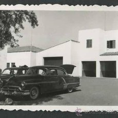 Fotografía antigua: AUTOMOVILISMO. COCHES YCONSTRUCCIONES. C. 1955. Lote 48483291