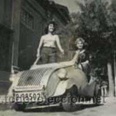 Fotografía antigua: AUTOMOVILISMO. HISTORIA DEL BISCUTER. FOTO PROMOCIONAL. ESTUDIOS ORPHEA-1. 1957. Lote 49277030