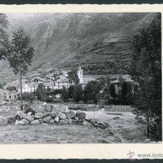 Fotografía antigua: ESPOT. PALLARS SOBIRÀ. LLEIDA. VISTA DEL PUEBLO Y SUS MONTAÑAS. 1970. Lote 50781057