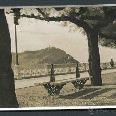 Fotografía antigua: SAN SEBASTIÁN. PLAYA DE LA CONCHA. C. 1955. Lote 50920657
