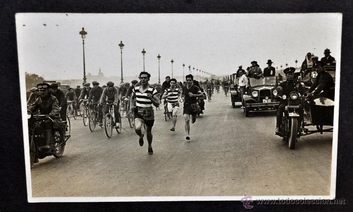 Fotografía antigua: CONJUNTO 7 FOTOGRAFÍAS ATLETISMO. EQUIPO CAMPEÓN DE ESPAÑA DE CROSS COUNTRY A.E.TAGAMANENT.1933-1934 - Foto 7 - 52161566