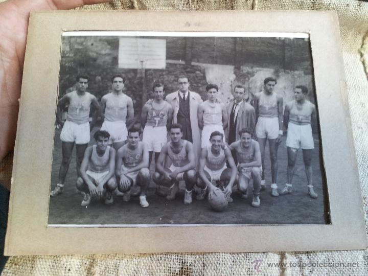 Fotografía antigua: ANTIGUA FOTOGRAFIA EQUIPO FUTBOL AÑOS 30 JACE ...JUVENTUD ACCION CATOLICA ESPAÑA...BARCELONA - Foto 4 - 52558519