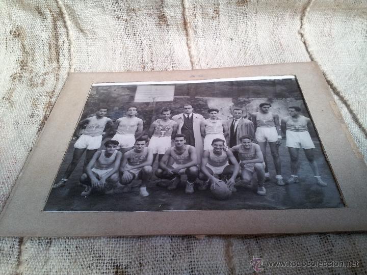 Fotografía antigua: ANTIGUA FOTOGRAFIA EQUIPO FUTBOL AÑOS 30 JACE ...JUVENTUD ACCION CATOLICA ESPAÑA...BARCELONA - Foto 5 - 52558519