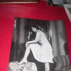 Fotografía antigua: GRAN FOTO ORIGINAL AÑOS 20 - MODA TRAJE VESTIDO MEDIAS - FOTO STOCKEL ALEMANIA. Lote 53392645