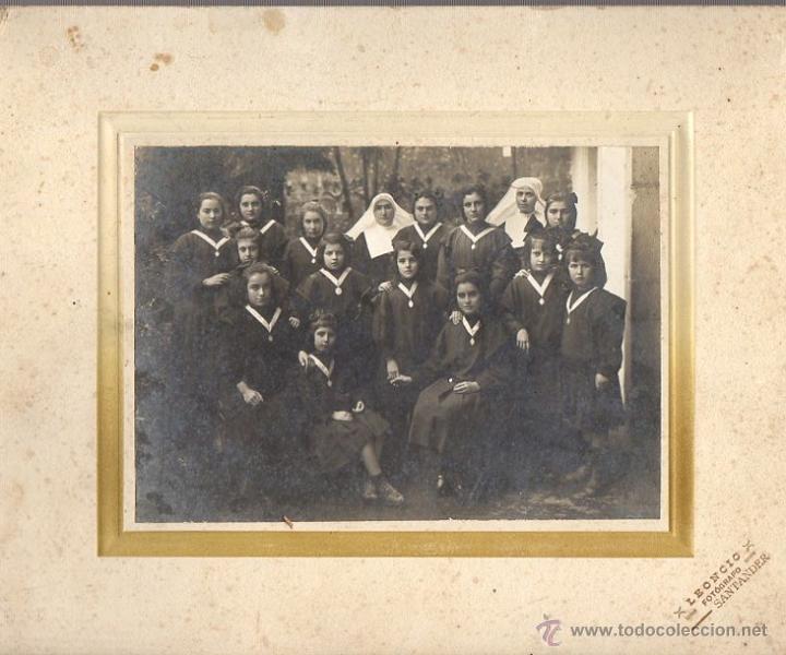 FOTOGRAFIA ESCOLAR EN GELATINOBROMURO. FOTO LEONCIO. SANTANDER. CIRCA 1920 (Fotografía Antigua - Gelatinobromuro)