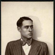 Fotografía antigua: INTERESANTE. CABALLERO. FOTOGRAFÍA DE ROÉ. BCN. C.1927. Lote 54231638