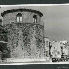 Fotografía antigua: TARRAGONA. CAMBRILS. TORRE. PASEO. 11/9/1966. Lote 55715004