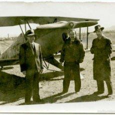 Fotografía antigua: FOTO DE AEROPLANO, PROBABLEMENTE EN EL AEROPUERTO DE EL PRAT (BARCELONA), HACIA 1930. 8X12 CM.. Lote 55718509