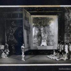 Fotografía antigua: FOTO *A. MERLETTI. BARCELONA 1923* ESCENA DE TEATRO FEMENINO. FIRMA SELLO SECO *FOT. MERLETTI*. Lote 56464650