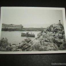 Fotografía antigua: LLANES ASTURIAS EL PUERTO FOTOGRAFIA 7 X 10 CMTS. Lote 56746844