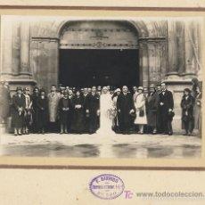 Fotografía antigua: BODA ALTA SOCIEDAD EN IGLESIA DE BILBAO PAIS VASCO. FOTO: F. GARRIDO AÑOS 20 . Lote 57129339