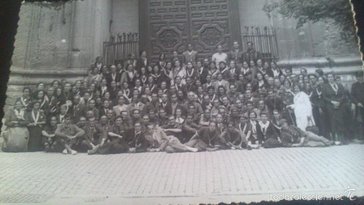 PEREGRINACION A ZARAGOZA ANDANDO EN .EL AÑO 1939, FOTOGRAFA MARIA CHIVITE, ZARAGOZA. (Fotografía Antigua - Gelatinobromuro)
