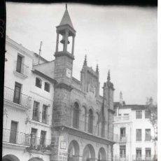 Fotografía antigua: PLASENCIA (CACERES). NEGATIVO FOTOGRAFICO B/N. INEDITO, AÑO 1948. CELULOIDE 6X9 CM. PERFECTO.. Lote 57474589
