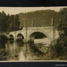 Fotografía antigua: FOTOGRAFIA VISTA DE PUENTE CUATRO OBELISCOS NORTE ESPAÑA PPIOS XX 15,4X20,6CMS. Lote 57592838