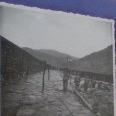 Fotografía antigua: ANTIGUA FOTOGRAFIA ONDARROA,VIZCAYA MEDIDA TOTAL17,5 X 12 CM,OBRAS PUERTO EGUIDAZU AÑOS 35?. Lote 57920290