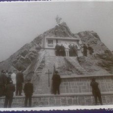 Fotografía antigua: FOTOGRAFIA ONDARROA, VIZCAYA, ACANTILADOS, INAGURACION MONUMENTO A JUAN EGUIDAZU. Lote 57920655