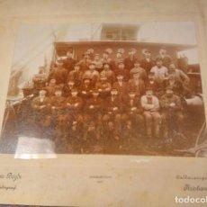 Fotografía antigua: FOTOGRAFIA ANTIGUA TRIPULACIÓN BARCO NORUEGO. KRISTIANIA, 1907, JENS BRYDE FOTOGRAF.. Lote 63640479