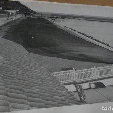 Fotografía antigua: GRAN FOTOGRAFIA AÑOS 50, ARENYS DE MAR, BARCELONA. MEDIDAS 18 X 24. Lote 66907698