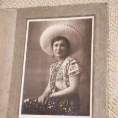 Fotografía antigua: ASTURIANA EMIGRANTE EN MÉXICO RETRATADA CON ATUENDO MEXICANO FOTO FILM, GIIÓN, ASTURIAS, EMIGRACIÓN . Lote 72736183