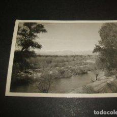 Fotografia antica: EL PARDO MADRID RIO MANZANARES Y LA SIERRA FOTOGRAFIA AÑOS 40. Lote 73713131