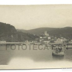 Fotografía antigua: FOTO ORIGINAL LAREDO PUERTO BARCAS CANTABRIA AÑO 1921 - 6X4 CM. Lote 82039152