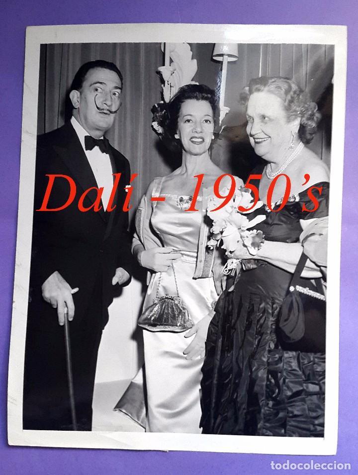 DALÍ - NEW YORK - 1950'S - FOTOGRAFIA INTERNATIONAL NEWS PHOTOS (Fotografía Antigua - Gelatinobromuro)