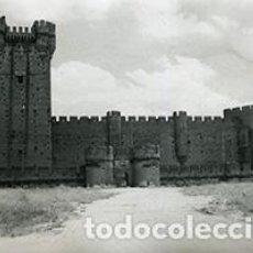 Fotografía antigua: CASTILLO DE MOTA. VALLADOLID. 9 FOTOS. C. 1965. Lote 96232351