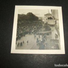 Fotografía antigua: PONTEVEDRA 1939 GUERRA CIVIL FOTOGRAFIA POR SOLDADO LEGION CONDOR ACTO MILITAR PUBLICO. Lote 97404179
