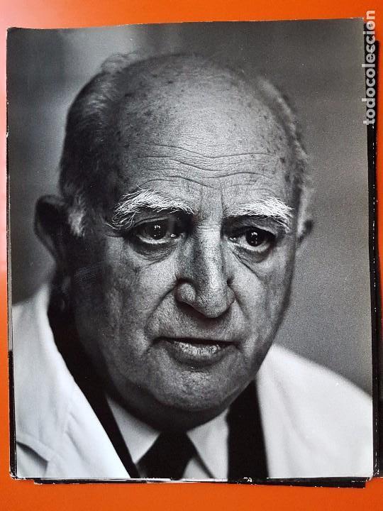 FOTOGRAFÍA DEL DR. LEAL CASTAÑO. 30X22. GORAN PIHL (Fotografía Antigua - Gelatinobromuro)