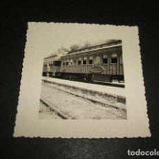 Fotografía antigua: ALTEA ALICANTE TREN EN LA ESTACION FOTOGRAFIA AÑOS 40 8 X 8 CMTS. Lote 110203615