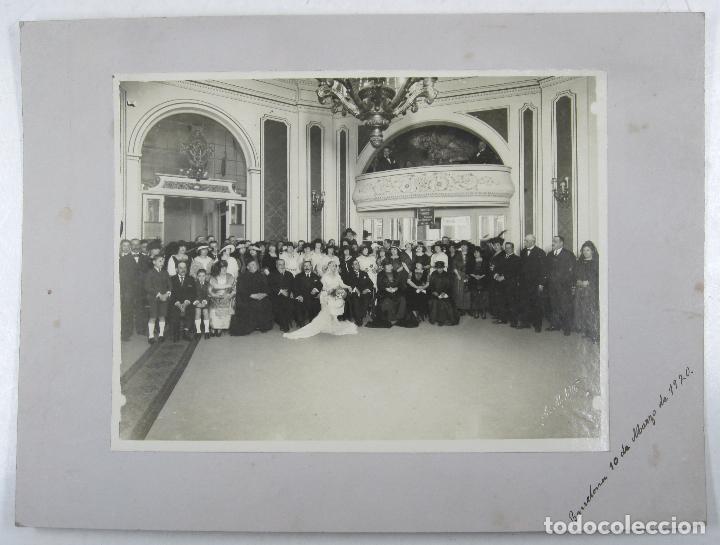 RETRATO DE BODA, MARZO 1920. FOTO: MERLETTI, BARCELONA. SOPORTE: 25X34 CM. VER TEXTO REVERSO (Fotografía Antigua - Gelatinobromuro)