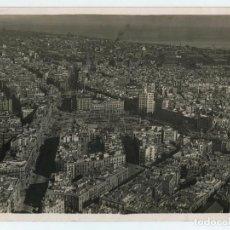 Fotografía antigua: BARCELONA, VISTA AEREA DE LA PL. CATALUÑA, 1930. FOTO: SAGARRA TORRENTS. 18X24CM.. Lote 116219979