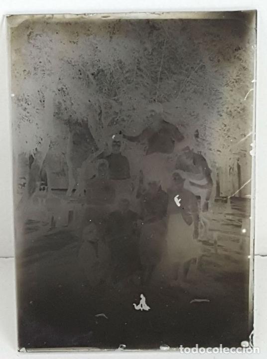 Fotografía antigua: COLECCIÓN DE 19 PLACAS FOTOGRAFICAS. GELATINOBROMURO DE PLATA. SIGLO XX. - Foto 2 - 121987695
