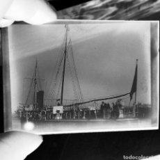 Fotografía antigua: PLACA GELATINO-BROMURO ORIGINAL AÑO 1900 FOTOGRAFÍA BARCO CAÑONERO MARQUÉS VICTORIA. Lote 127659038