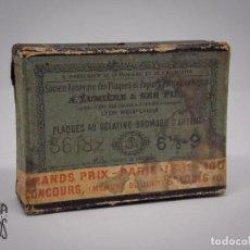 Fotografía antigua: CAJA DE PLACAS GELATINO BROMURO AÑO 1900 CON 5 PLACAS. Lote 131134540
