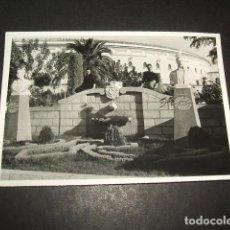 Fotografia antica: LINARES JAEN FUENTE Y PLAZA DE TOROS ANTIGUA FOTOGRAFIA 7,5 X 10,5 CMTS. Lote 132800086