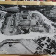 Fotografía antigua: GRAN FOTOGRAFIA AEREA 30 X 23 CM CASTILLO DE COCA SEGOVIA AÑOS 60. Lote 133028042
