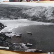 Fotografía antigua: GRAN FOTOGRAFIA AEREA 30 X 23 CM CANTABRIA SANTANDER ARENILLAS AÑOS 60. Lote 133028794