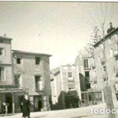 Fotografía antigua: BENIDORM (ALICANTE). AÑO 1912. UN RINCÓN EN EL INTERIOR DE LA CIUDAD. REVERSO TARJETA POSTAL. Lote 133494454