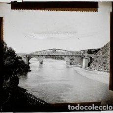 Fotografía antigua: EL PUENTE DEL DIABLO DE MARTORELL, 1900'S. CRISTAL POSITIVO 8X8 CM.. Lote 133815518