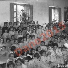 Fotografía antigua: COLEGIO LAS MERCEDES 1919 MADRID - NEGATIVO DE CRISTAL - FOTOGRAFIA ANTIGUA. Lote 136256758