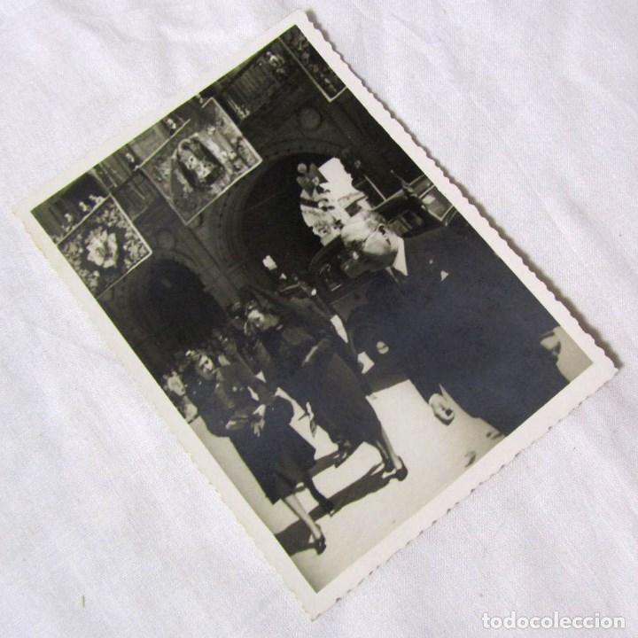 FOTOGRAFÍA 30 DE MAYO DE 1940 MADRINA DE LA BANDERA PLAZA MAYOR SALAMANCA (Fotografía Antigua - Gelatinobromuro)